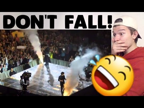 One Direction Falling on Stage Reaction!