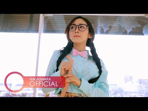 Ucie Sucita - Dibuang Sayang (Official Music Video NAGASWARA) #music