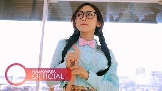 Download Ucie Sucita - Dibuang Sayang (Official Music Video NAGASWARA) #music