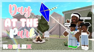 I TOOK THE KIDS TO THE PARK TO FLY THE KITES! *CUTE* | Voice Over | Bloxburg Roleplay | It's Ileyah