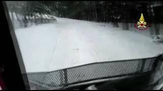 Emergenza neve -Vigili del Fuoco - intervento del Gatto delle neve nell'area del Fortone