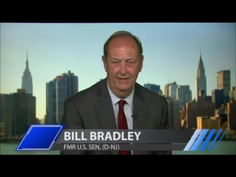 Former Senator Bill Bradley Joins Larry King on PoliticKING | Larry King Now | Ora.TV