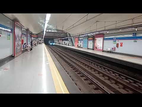 Metro de Madrid:5548 entrando en Colombia
