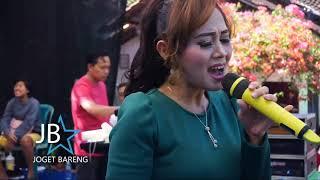 Download Perasaan wanita eva aquila - trias musik live in ngabul Mp3