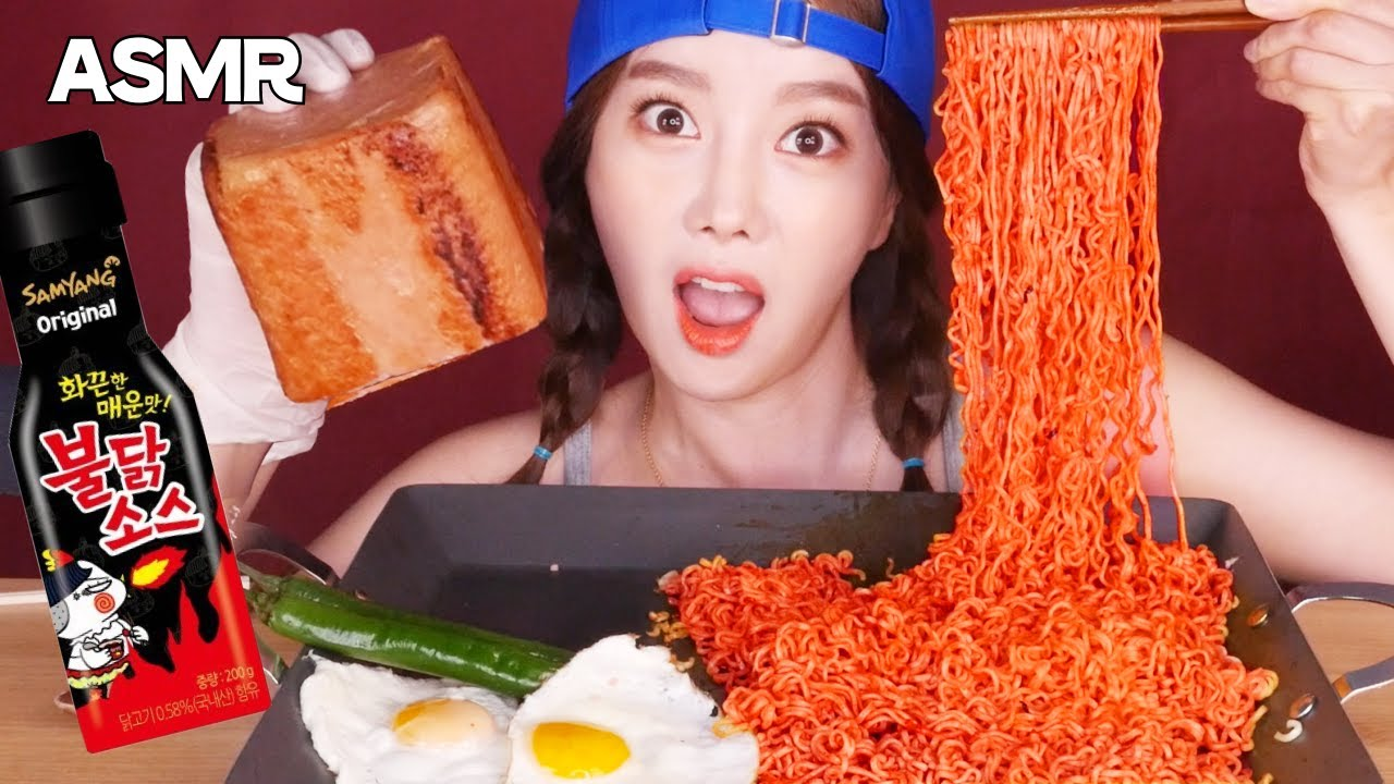 [字幕] 韓国で人気のプルコッテ炒め麺 + 缶詰ハム + 卵焼き + 韓国語 ASMR リアルサウンド