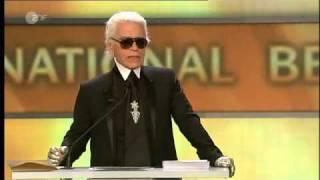 Laudatio Karl Lagerfeld für Diane Kruger, beste Schauspielerin international - Goldene Kamera 2010