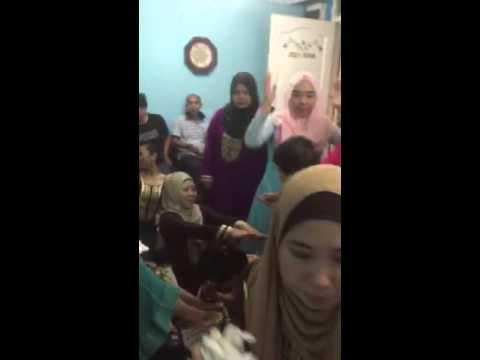 Siti's henna night bollywood dance