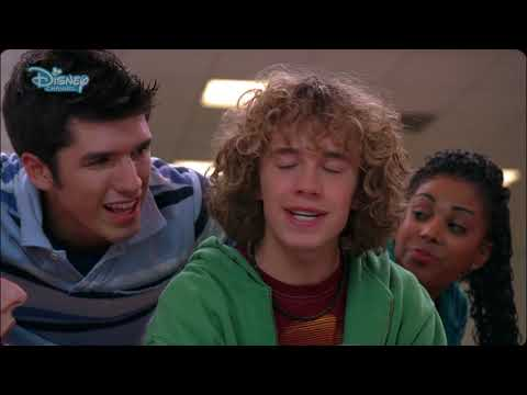 High School Musical | Stick to the status quo - Music Video - Disney Channel Italia