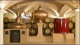 Самогон | Граппа - водка  из виноградного жмыха | Дистиллерие  - экскурсии из Милана(, 2016-05-25T13:33:04.000Z)