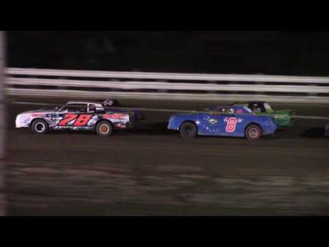 Hummingbird Speedway (8-6-16): Sunny 106.5 FM Pure Stock Feature