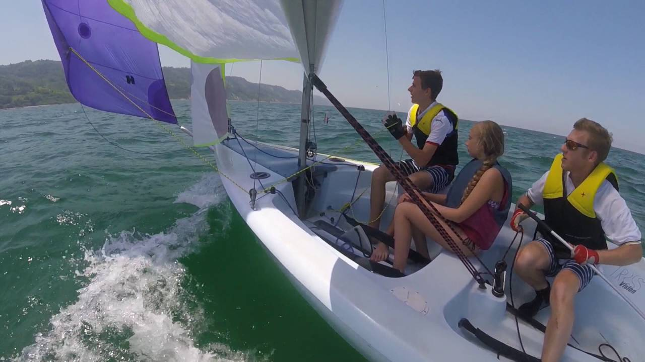 rs vision gennaker hoist on the adriatic youtube rh youtube com RS Vision Sailboat for Sail RS Vision Owner's Manual