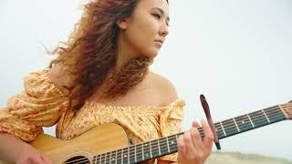 Alexandra Lillian - Risky Appeal (Official Music Video)