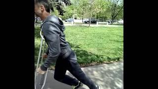 Техничный бег на костылях
