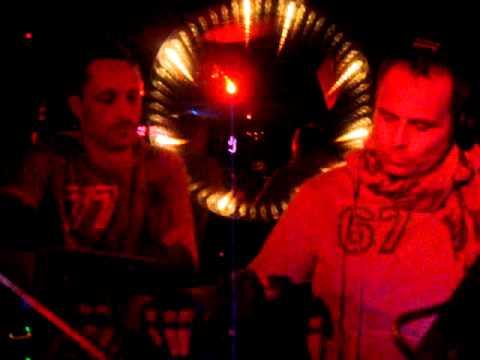 TheCubeGuys-LaSantanera-BPM2011-Enero7-Playa-Video4.MPG