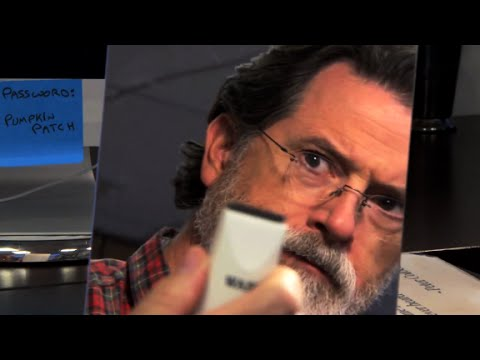 Stephen Colbert shaves his beard