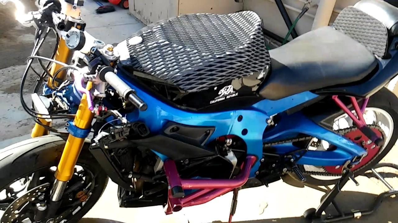 05 R6 stunt bike and my 07 Acura TL - YouTube