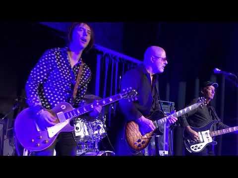 Wishbone Ash F.U.B.B. The Jam House Edinburgh 10 11 2017