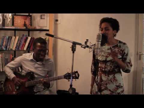 Jayanti sings Tell Me (Groove Theory - Amel Larrieux)