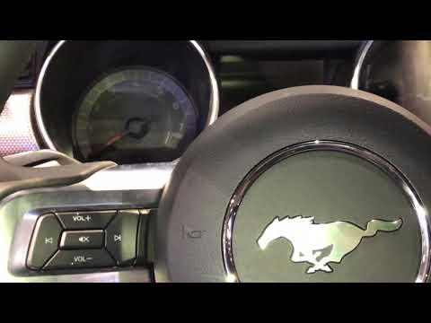 FORD MUSTANG - HOW TO TURN ON/OFF HEADLIGHTS