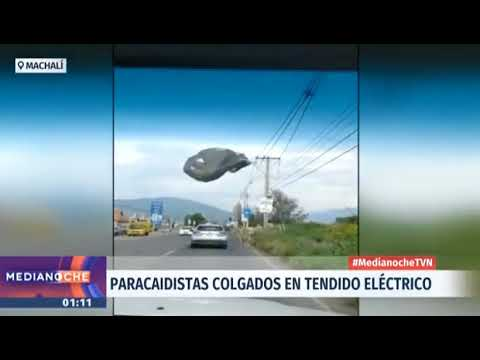Paracaidistas del Ejercito de Chile quedan colgando de los cables