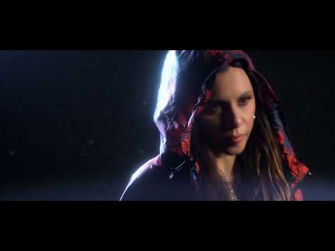 Ceci Bastida - Corre (Official Video) ft. Tamer Nafar