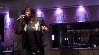 Jaki Graham - Breaking Away Live