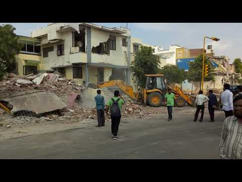 Jaipur  gopalpura bypass destroy building