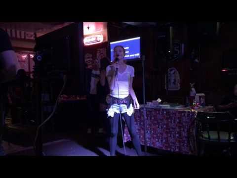 Karaoke - Green Day's Longview