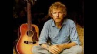 Gordon Lightfoot Wreck of the Edmund Fitzgerald Lyrics (In description)