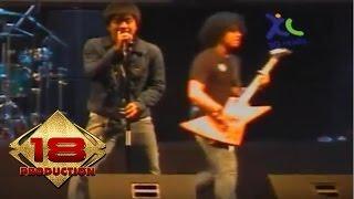 Samsons - Di Penghujung Muda (Live Konser Medan 21 November 2006)