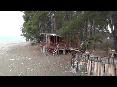 Абхазия. Пляж в Пицунде