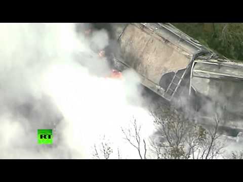 Видео: Крушение поезда в США было вызвано столкновением