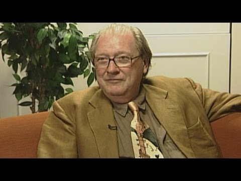 Former Conservative Party deputy chairman Lord McAlpine dies at 71