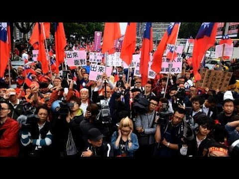 Pro-China trade rally hits streets of Taiwan