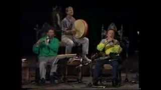 """The Chieftains"" play an arrangement of ""The Roscommon Reel"" & ""Tos..."
