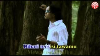 Download Thomas Arya - Kenangan Dan Luka [Official Music Video]
