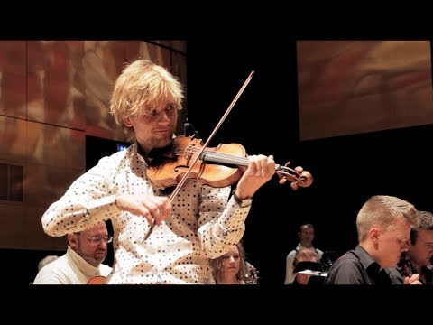 'Amadeus Circus' live with Dreamers' Circus feat. CPH:Phil (Mozart in Folk Style)