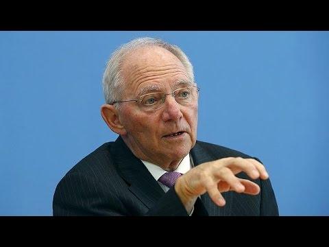 German Finance Minister Schaeuble backs London as strong financial centre - economy