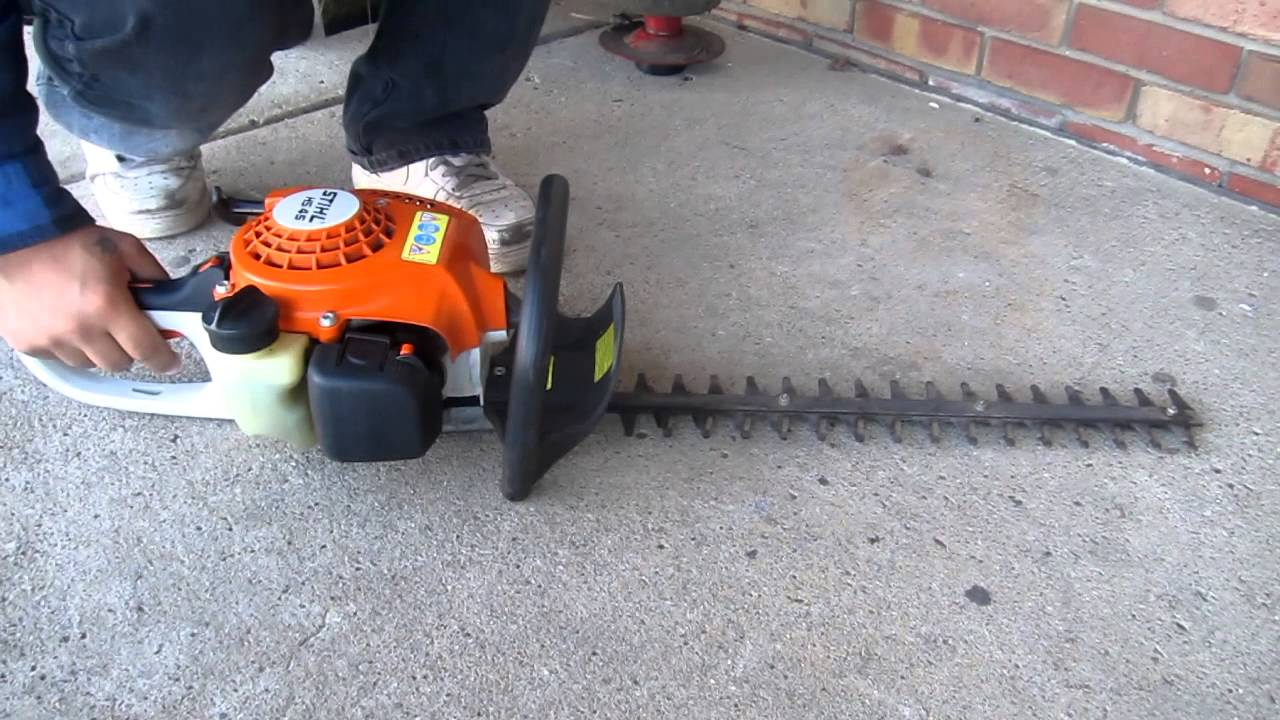 stihl hs 45 18 hedge trimmer youtube. Black Bedroom Furniture Sets. Home Design Ideas