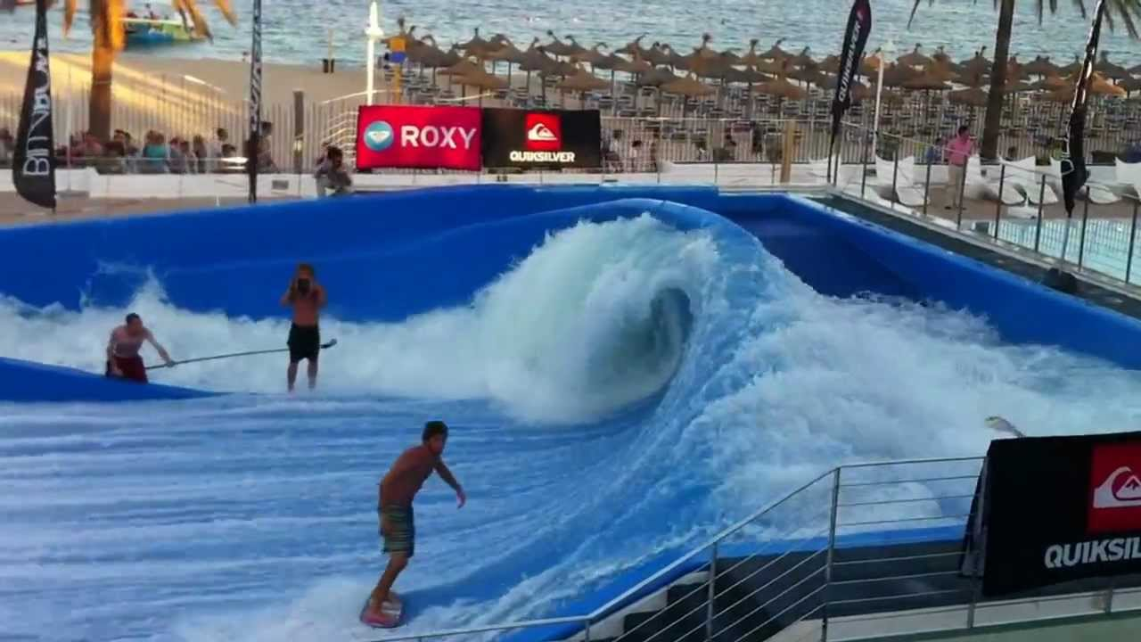Hotel sol wave house mallorca youtube for Piscina wave