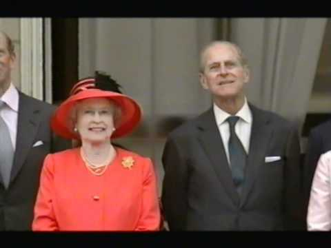 Royal Family on Palace Balcony for Golden Jubilee