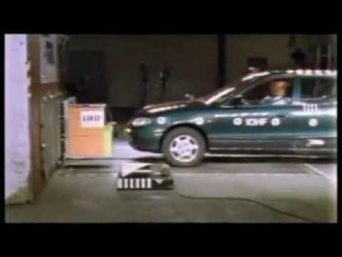 crash-test-hyundai-accent-1998