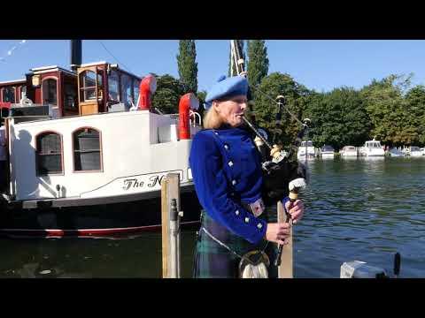 Wedding bagpipes, Henley on Thames, UK