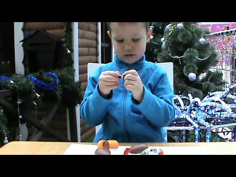 8 Киндер Сюрпризов открываем игрушки Surprise Oeufs jouets Spiderman Planes Masha