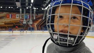 Хоккей VS Фигурное катание- тренировка лёд. Фигуристка Маша VS Хоккеист Артём!