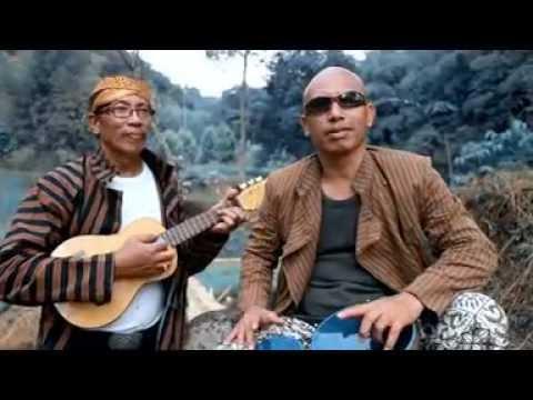 Urip Nang Donya Kebak Panggodha, Voc : Philip Haddy