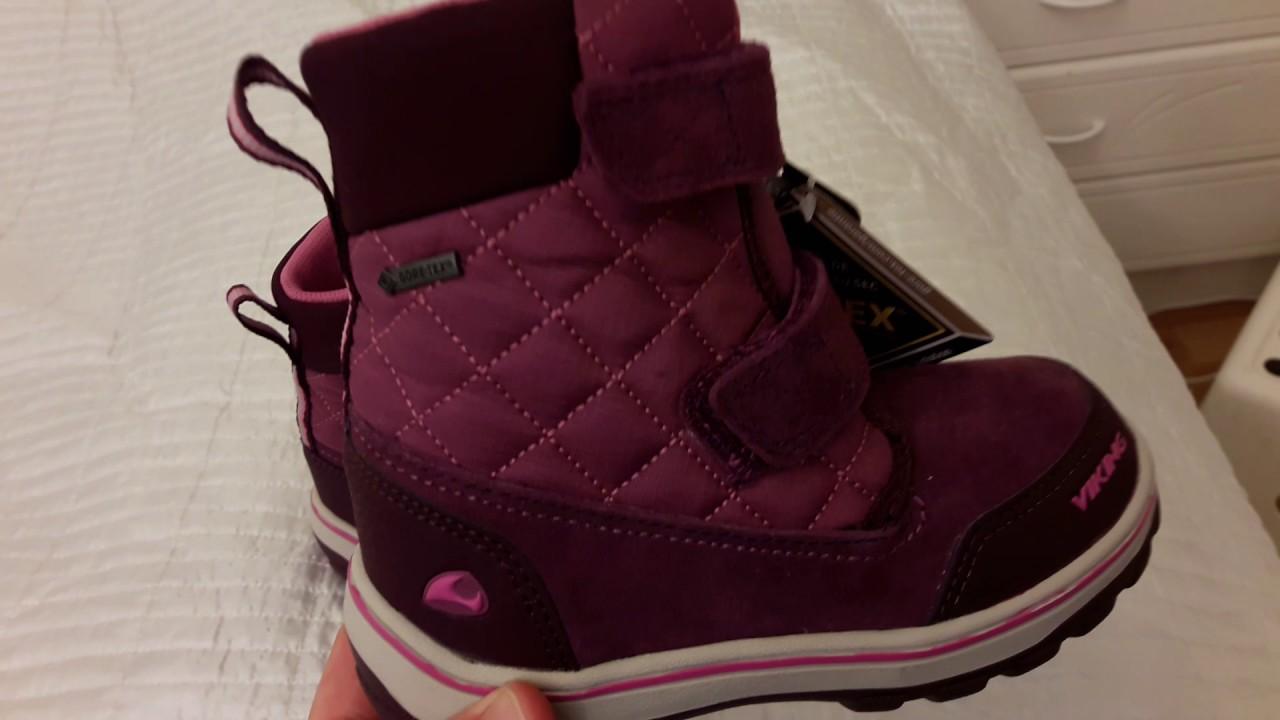 Детская зимняя обувь viking очень теплая, о чем спешит сообщить производитель. Детскую зимнюю обувь viking легко мыть и можно даже!. Стирать в стиральной машинке, честно говоря я только чистила вручную. Детская. Вот и настало время, чтобы купить одежду и обувь своему ребенку. К вопроса м.