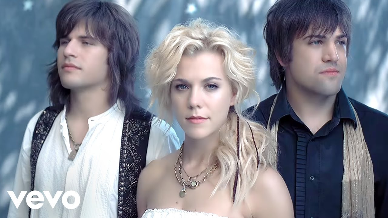 The All White Living Room: The Band Perry