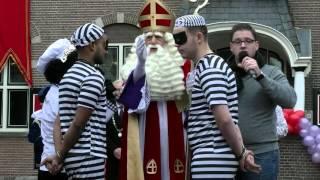 3  Mega Sinterklaasintocht Veendam Raadhuisplein