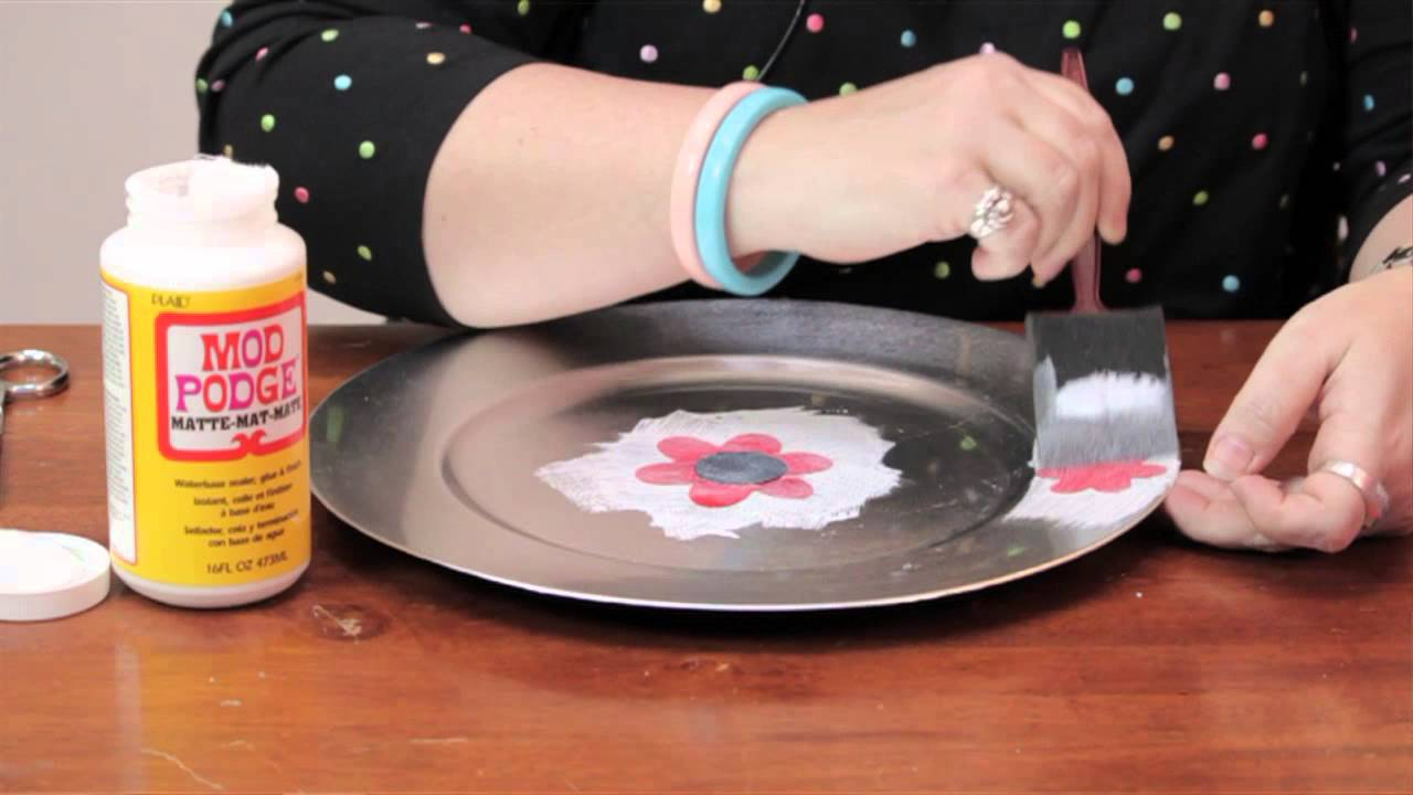 How to Decorate a Plate With Mod Podge  Fun Crafts u0026 Decorations - YouTube & How to Decorate a Plate With Mod Podge : Fun Crafts u0026 Decorations